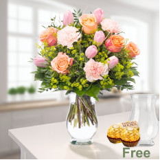 Strauß Frühlingsherz mit Vase und 2 Ferrero Rocher