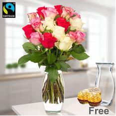 Bündel von 19 Pastell-farbigen Rosen mit Vase