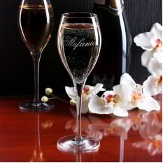 Graviertes Champagnerglas Mit Erwünschtem Namen