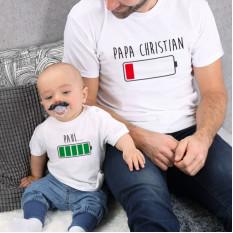 Batterie - T-Shirt für Vater und Sohn bedruckt mit Ihrem Wunschtext