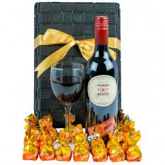 Rote Sucht - feinschmeckerischer Wein-Geschenk-Korb
